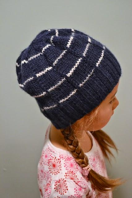 Free Pattern from amirisu - Broken Stripe Hat