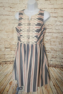 Xhiliration Sleeveless Dress Size M - Anna's Armoire