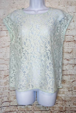 Load image into Gallery viewer, Loft Lace Top Size S - Anna's Armoire