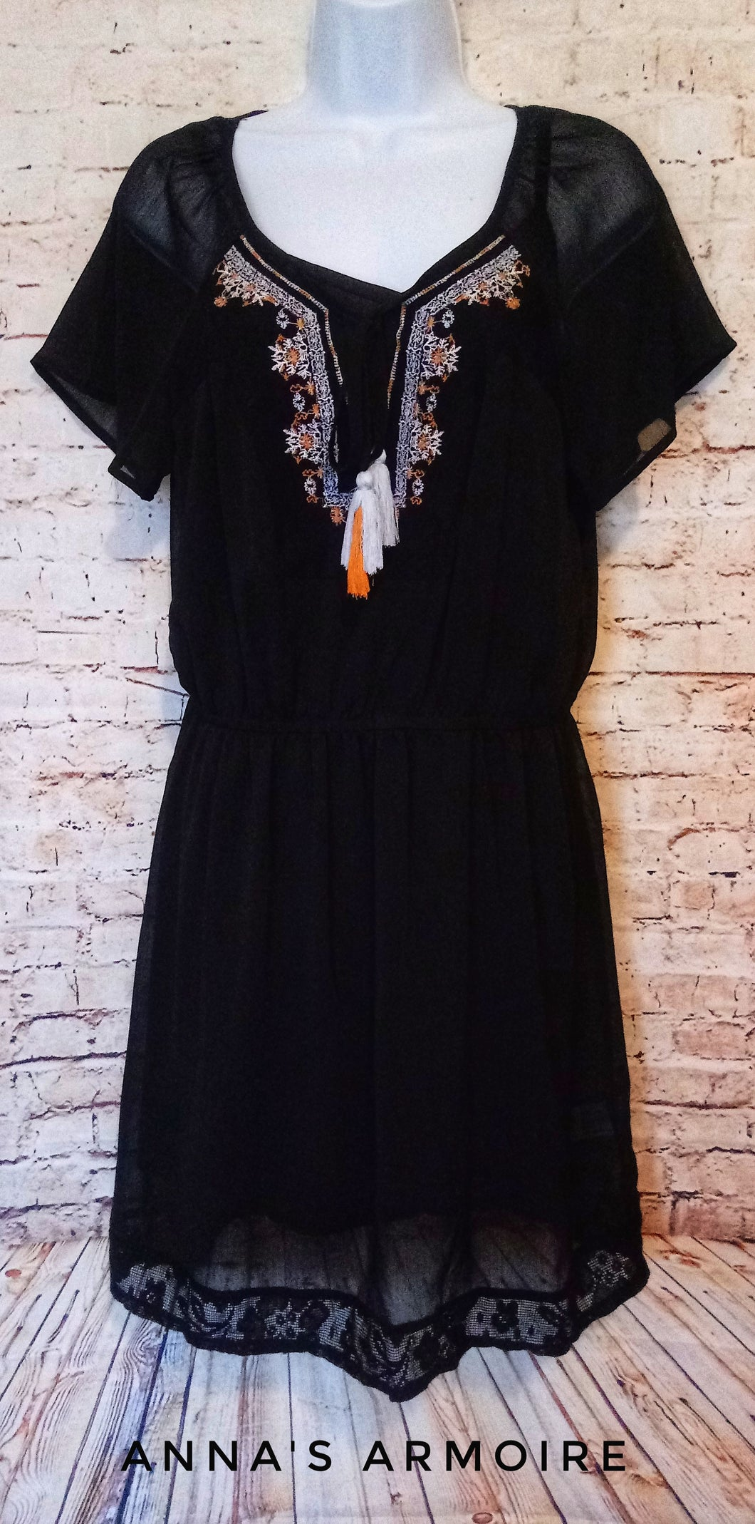 Knox Rose Sheer Dress Size M - Anna's Armoire