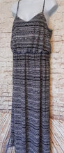 Load image into Gallery viewer, Faded Glory Maxi Dress Size L - Anna's Armoire