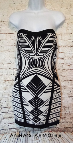 New with Tags Forever 21 Strapless Dress Size S - Anna's Armoire