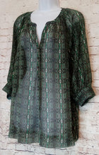 Load image into Gallery viewer, Chaus Peasant Top Size L - Anna's Armoire