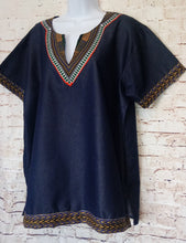 Load image into Gallery viewer, Chambray Tunic Top Size XL - Anna's Armoire
