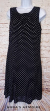 Load image into Gallery viewer, Ann Taylor Swing Dress Size 12P - Anna's Armoire