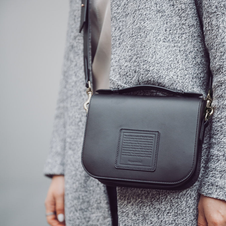 Saddle Crossbody - Black