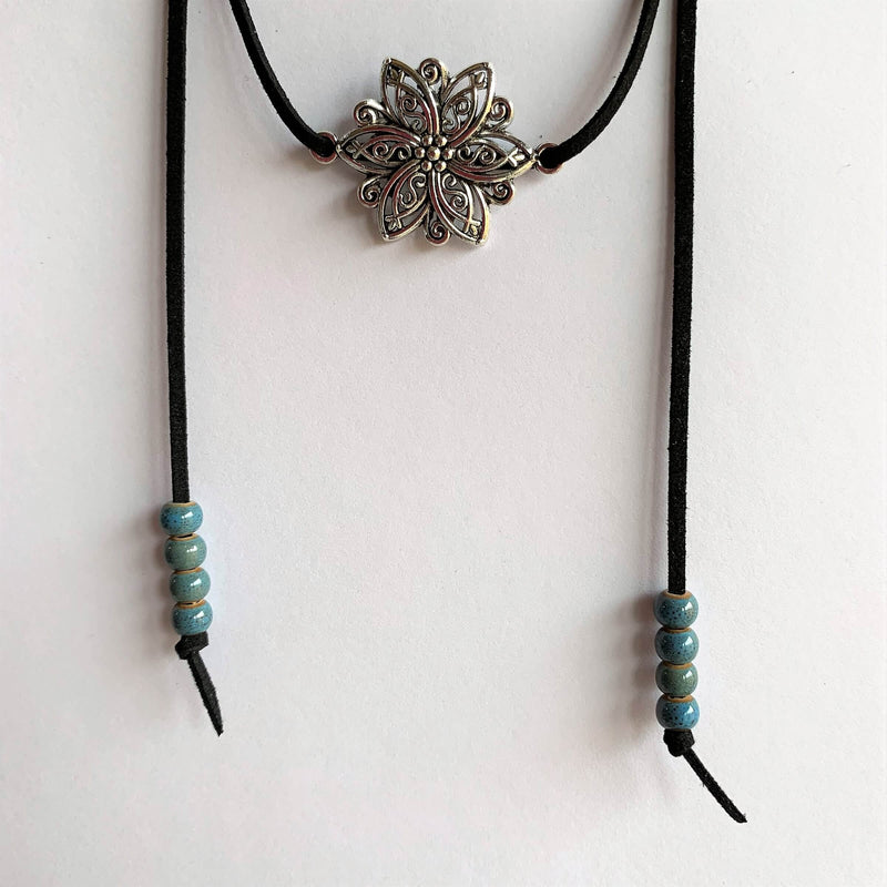 Flower Choker Leather Necklace