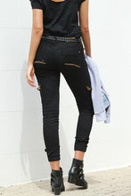 Load image into Gallery viewer, Jogger Jeans - Black