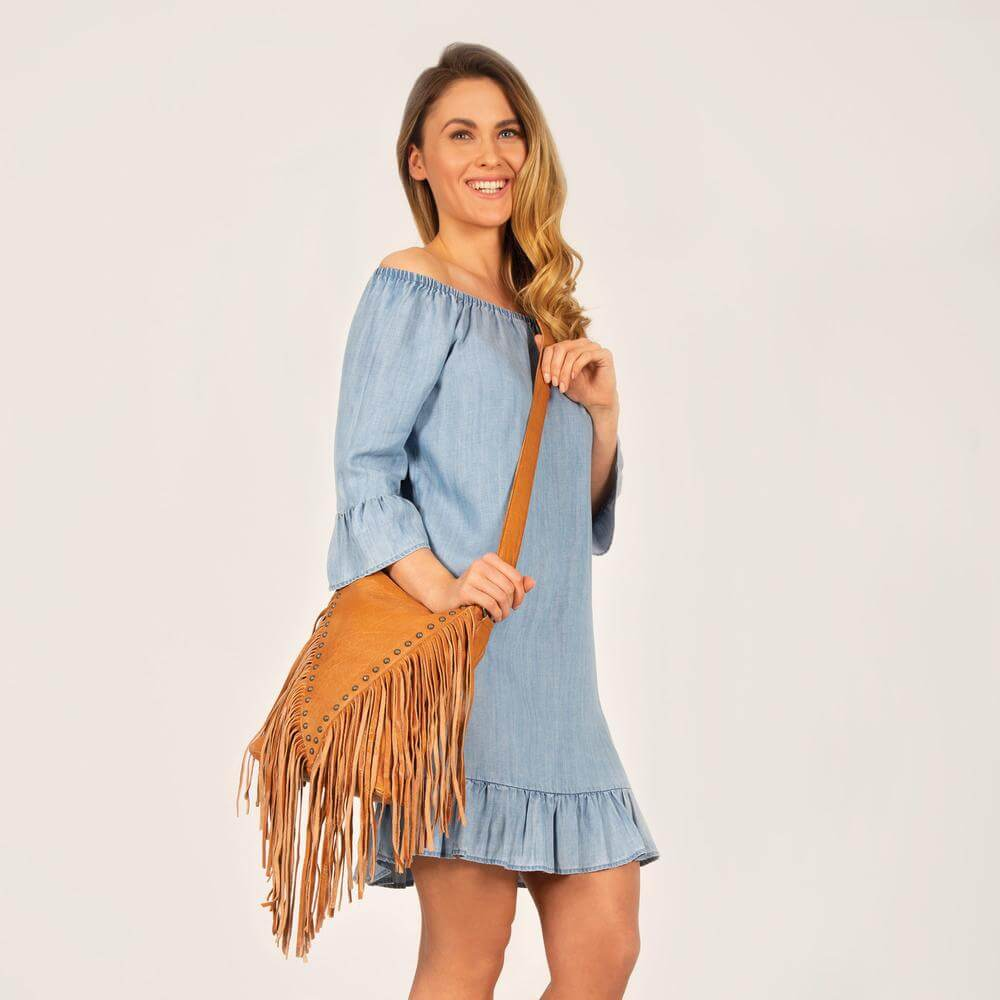 Rockhampton Leather Fringed Crossbody Handbag - Tan