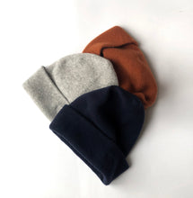 Load image into Gallery viewer, PEBBLE CASHMERE BEANIE - Töastie