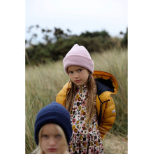 Load image into Gallery viewer, ROSE CASHMERE BEANIE - Töastie