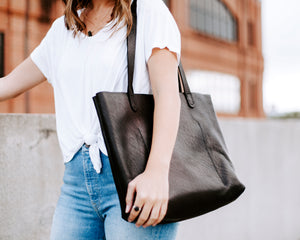 Yonnah Leather Tote in Black