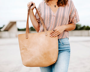 Yonnah Leather Tote in Natural
