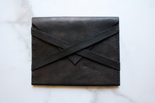 Load image into Gallery viewer, Yonnah Leather Cross Strap Clutch in Black