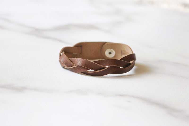 Yonnah Leather Bracelet in Brown