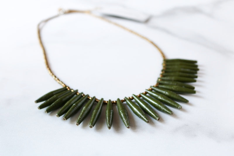 Wildwaters Necklace in Green and Gold