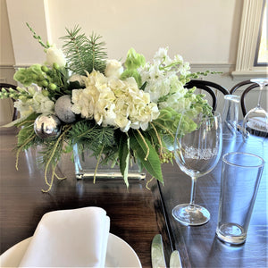 White Christmas Table Floral