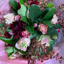 Load image into Gallery viewer, * Florist Choice Bouquet -Recommended During COVID Stage 4