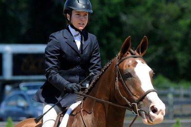 Molly McGinness - HRH Creator, Extreme Amateur Rider
