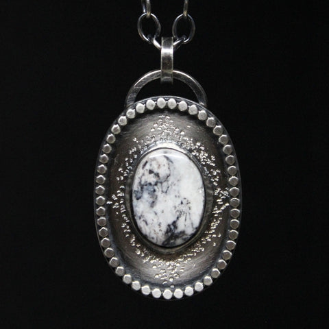 STARDUST X WHITE BUFFALO NECKLACE / STERLING SILVER