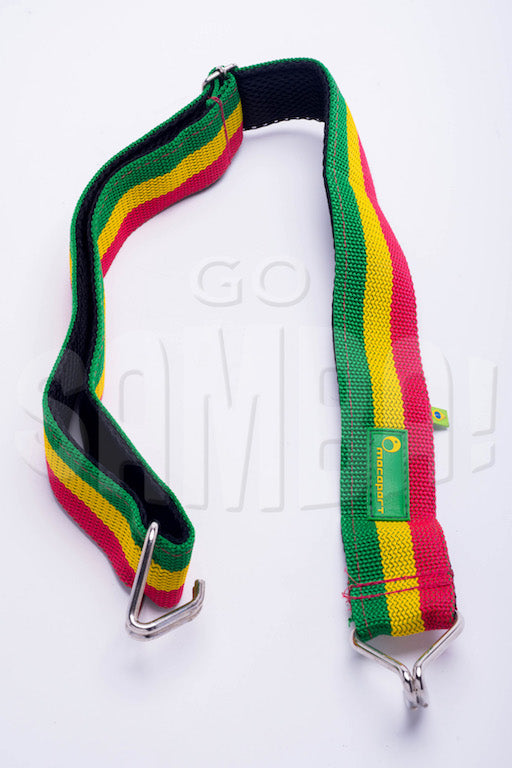 Samba strap by Macapart. Waist strap with two hooks, red green and gold. Rasta colors on a white background.