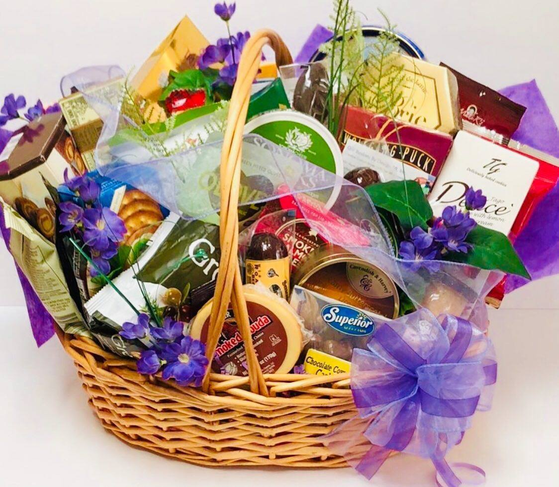 Ultimate Gourmet - Gift Baskets By Design SB
