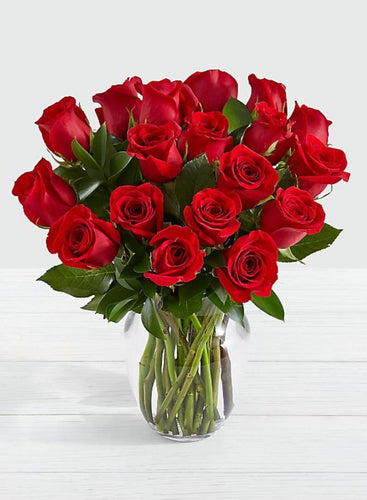 18, 24,36-Fresh Roses W/ Chocolates- 3 Sizes - Gift Baskets By Design SB, Inc.