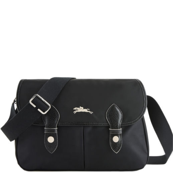 Besace Longchamp Le pliage Club noir porté travers