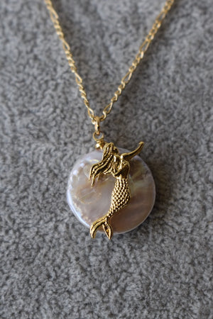 """Mermaid layered Necklace"""