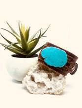 Load image into Gallery viewer, Blue Turquoise Slab Bracelet