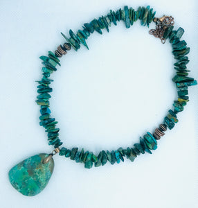 Turquoise Collar Necklace with Pendant