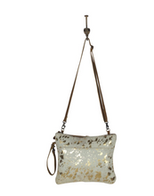 Load image into Gallery viewer, Sassy Leather Crossbody Bag
