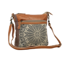 Load image into Gallery viewer, Dizzy Circle Crossbody