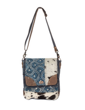 Load image into Gallery viewer, Go Wild Shoulder Bag