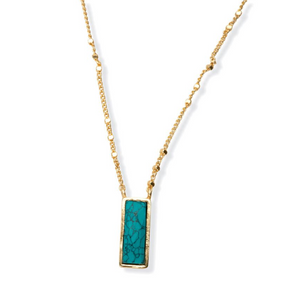 Green Vogue Pendant Necklace