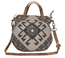 Load image into Gallery viewer, Spontaneous Delight Cross Body Bag