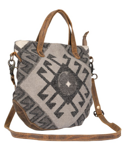 Spontaneous Delight Cross Body Bag