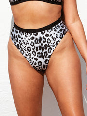 "Yummy Mummy Bottom - Snow Leopard / Black Ribbed ""Reversible"""