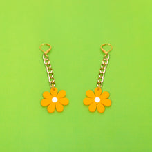 Load image into Gallery viewer, The Baby Daisy Chain Earrings: Gold chain and canary daisy.
