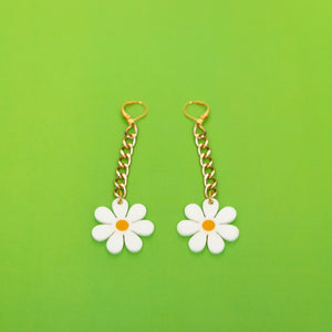 The Baby Daisy Chain Earrings, gold chain with white daisy.