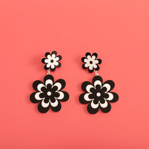 The Double Candy Daisy Stud Earrings,EarringMindFlowers