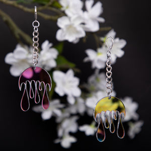 Melting Moon Chain Earrings,EarringMindFlowers