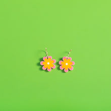Load image into Gallery viewer, The Baby Candy Daisy Hoop Earrings,EarringMindFlowers