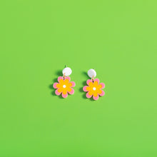 Load image into Gallery viewer, The Baby Candy Daisy Hanging Stud Earrings,EarringMindFlowers