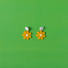 Load image into Gallery viewer, The Baby Daisy Hanging Stud Earrings