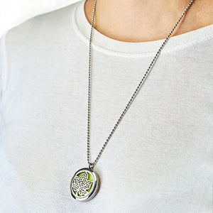 Leaf of Serenity 30mm - Aromatherapy Diffuser Necklace