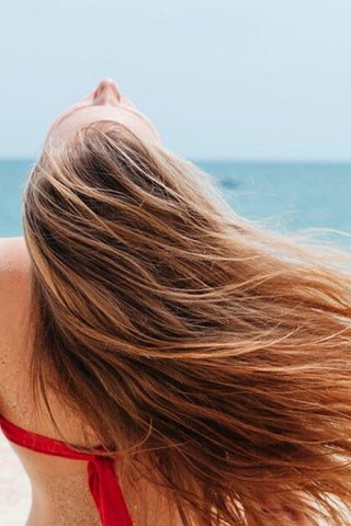 4 Miracle-working Hair Products for the Beach