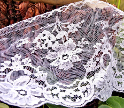 Chantilly Lace Trim