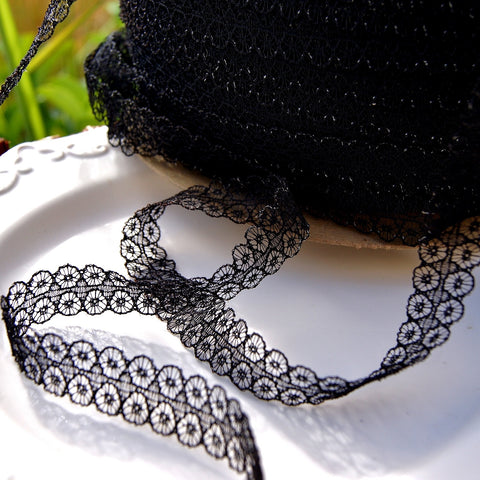 Symetrical Circle Black Lace Trim