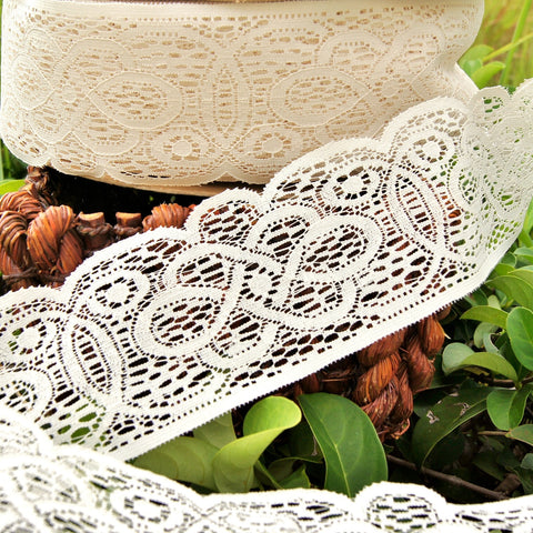 Vintage Dark Ivory Stiff Wide Scalloped Lace